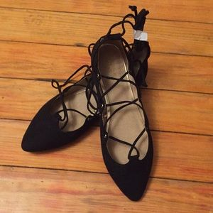 Old Navy faux suede lace up flats